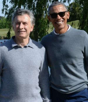 Macri jugó al golf con Obama en Bella Vista