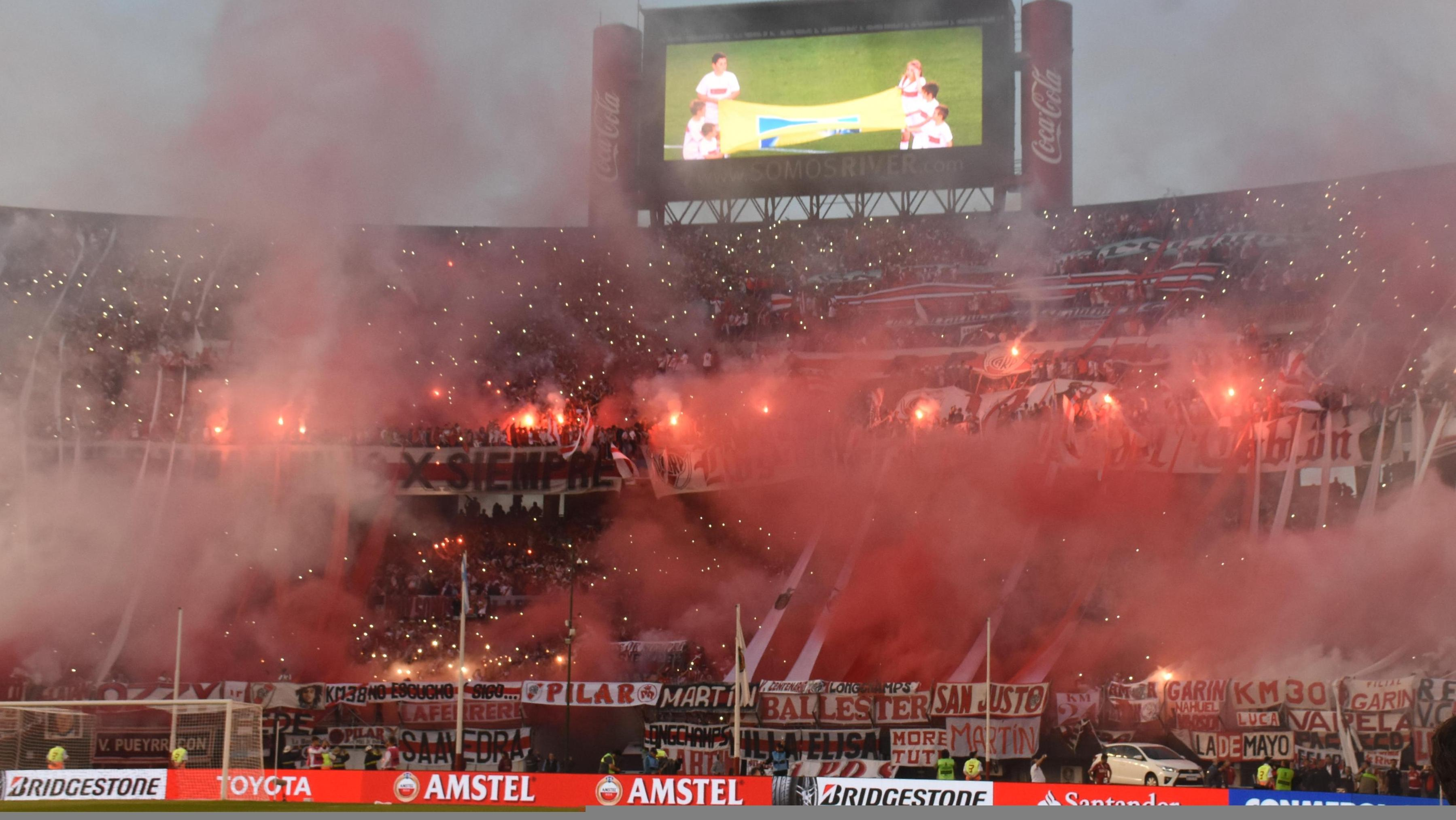 Image result for monumental river lanús libertadores