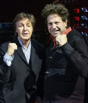 BEBE SE CODEÓ CON GRANDES DEL ROCK, COMO PAUL MCCARTNEY.