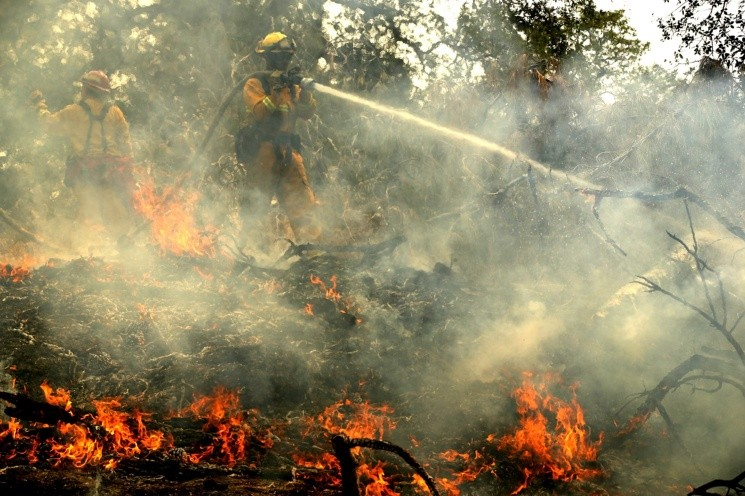Massive Wildfire Spreads To 80,000 Acres, Scorches Homes Near Redding, CA - == FOR NEWSPAPERS, INTERNET, TELCOS & TELEVISION USE ONLY ==
